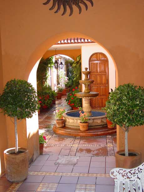 Mexican Courtyard On Pinterest Homes Courtyards And